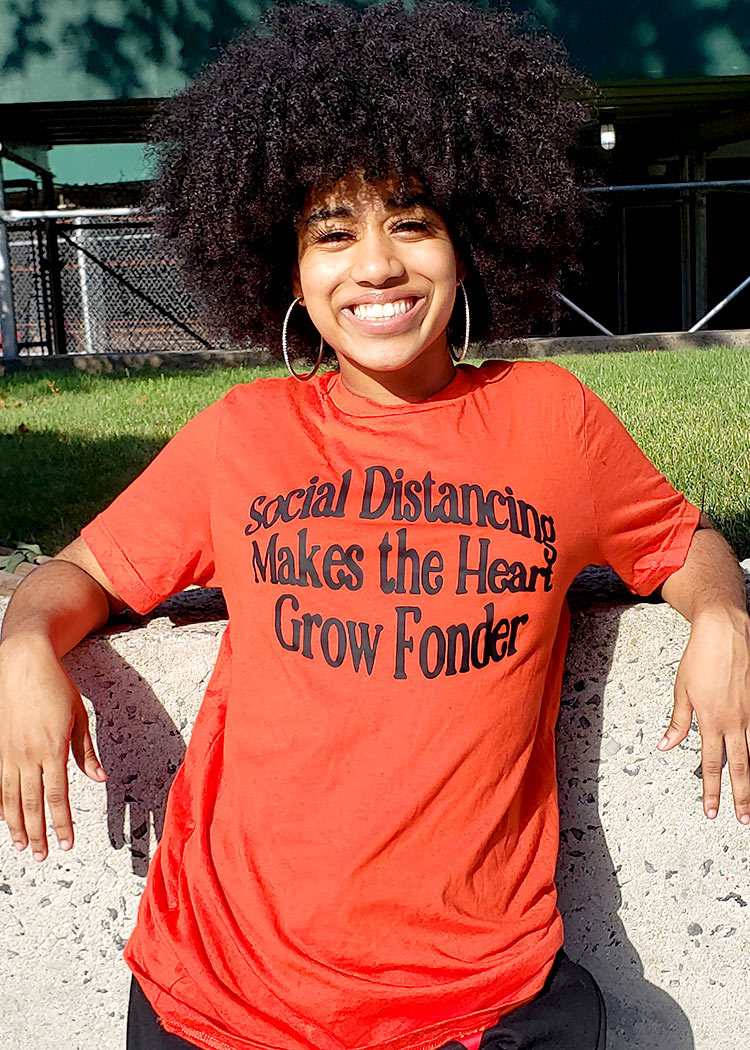 social distancing makes the heart grow fonder red tee